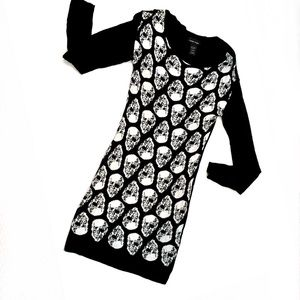 Fitted long sleeve Skull Sweater Dress